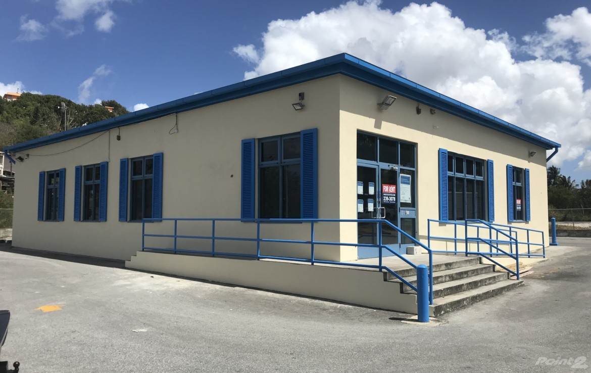 Comercial para alugar em Commercial Building For Lease at University Drive, Cave Hill, St. Michael ,BB11000  , Barbados