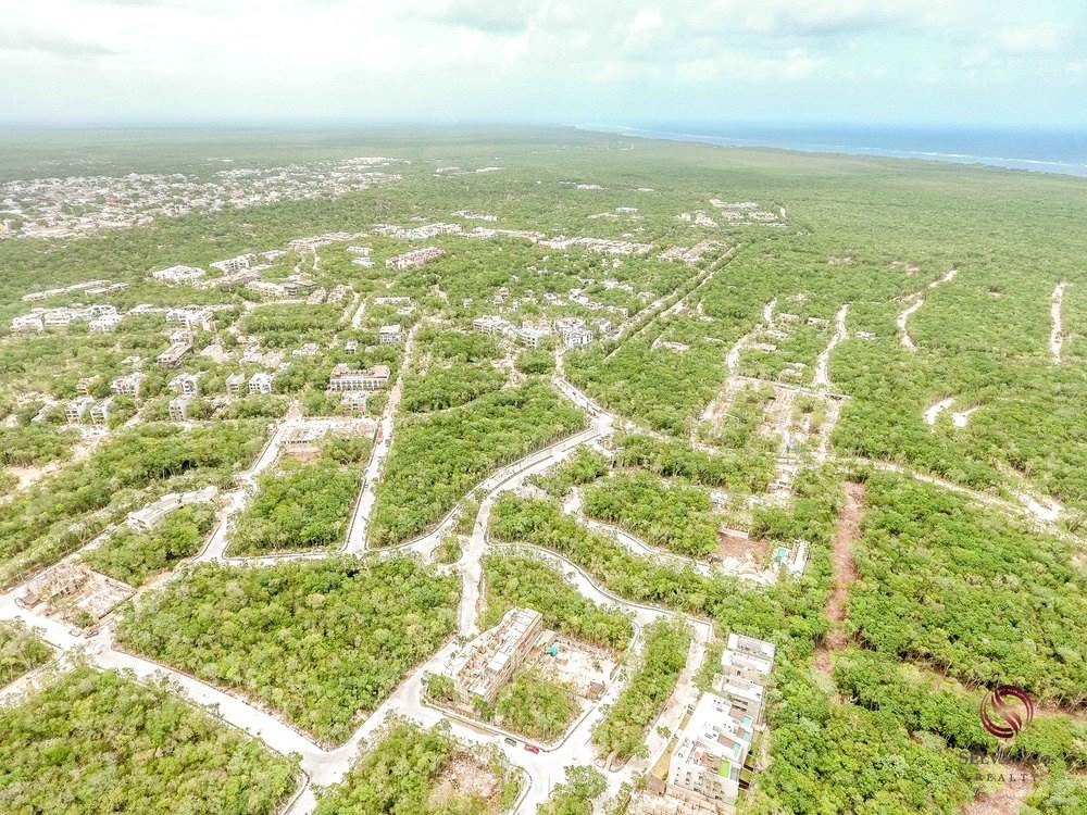 Residencial à venda em Great investment opportunity: Lot at the entrance of Aldea Zama., Tulum, Quintana Roo ,77760  , México
