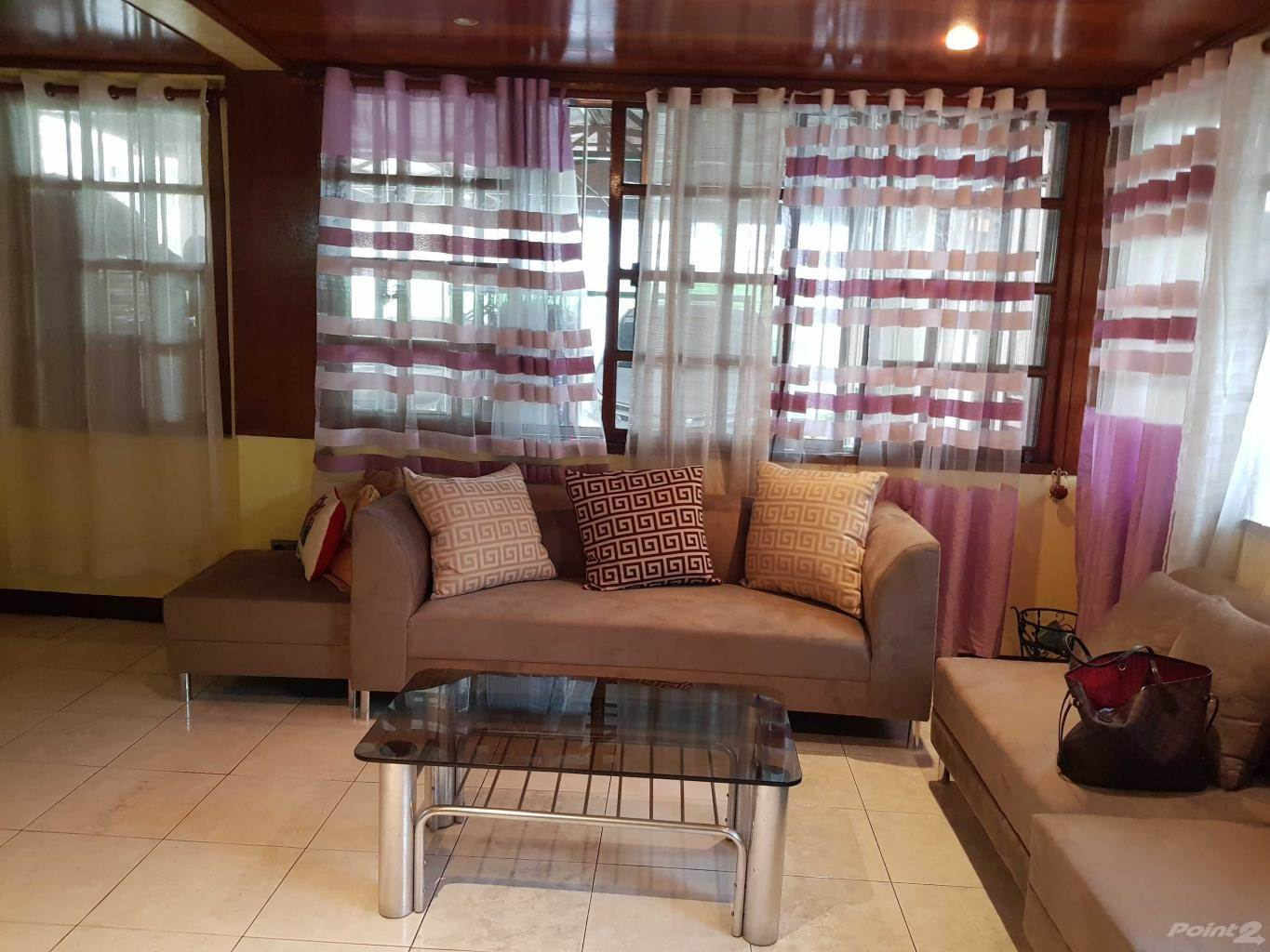 Casa à venda Las Pinas, Filipinas Fully Furnished 2sy 6br in Pilar Village Las Pinas