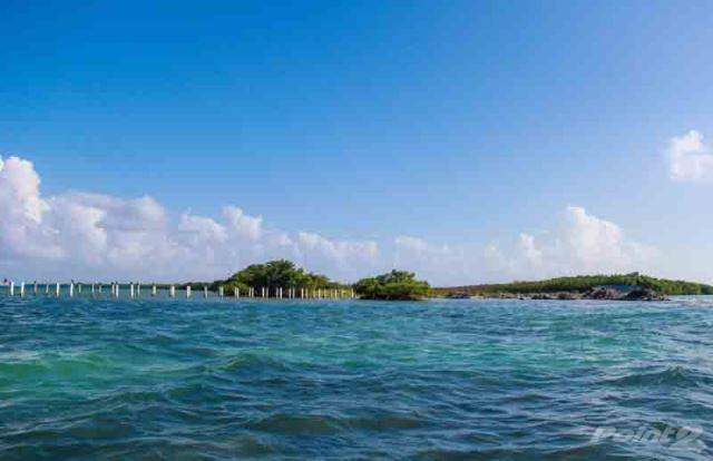 Residencial à venda em (2186) 75 ACRES OF PRIME LAND LOCTED ON AN ISLAND IN THE CARIBBEAN SEA., Cayes, Belize   , Belize
