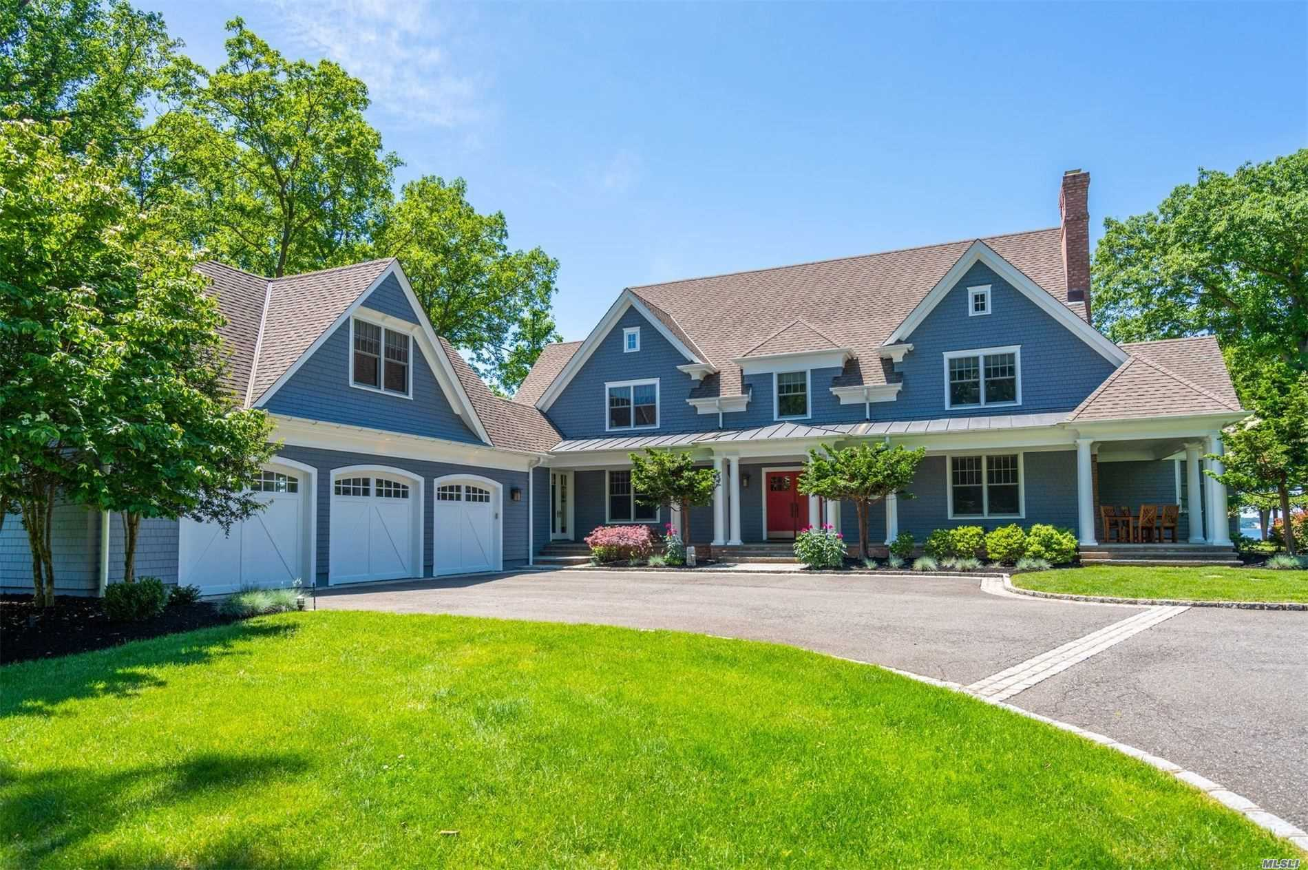 Residencial à venda em 306 Old Orchard Ct, Northport, NY ,11768  , EUA