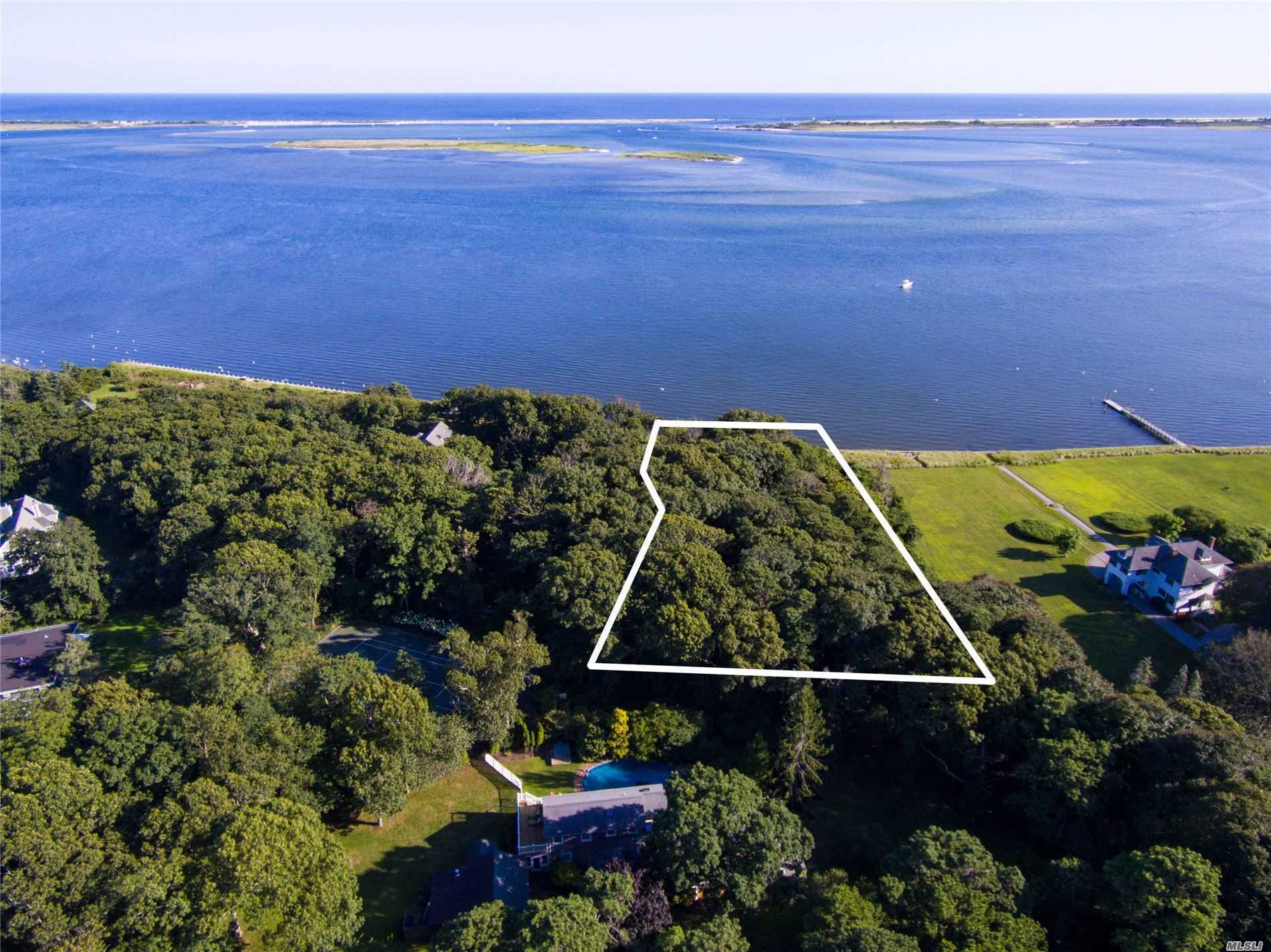 Terreno à venda em Tuthill Point Rd, East Moriches, NY ,11940  , EUA