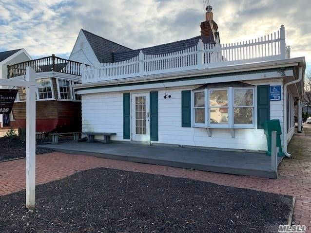Comercial à venda em 110 Main St, Port Jefferson, NY ,11777  , EUA