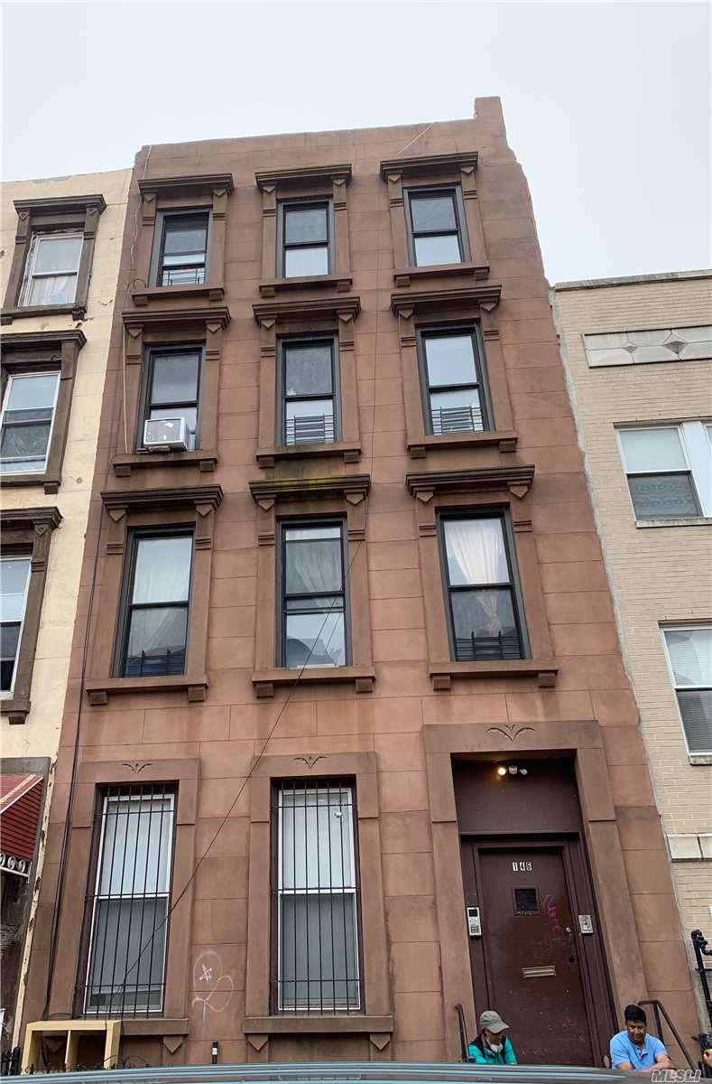 Residencial à venda em 146 Jefferson Ave, Brooklyn, NY ,11216  , EUA