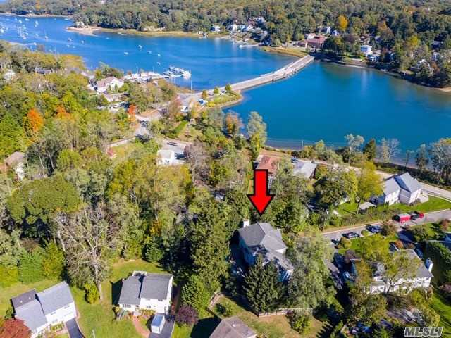 Residencial à venda em 7 Country Lake Ct, Centerport, NY ,11721  , EUA