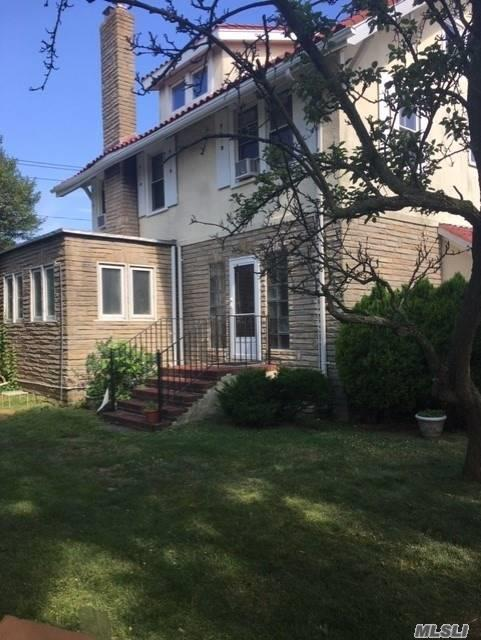 Residencial à venda em 254 Edwards Blvd, Long Beach, NY ,11561  , EUA