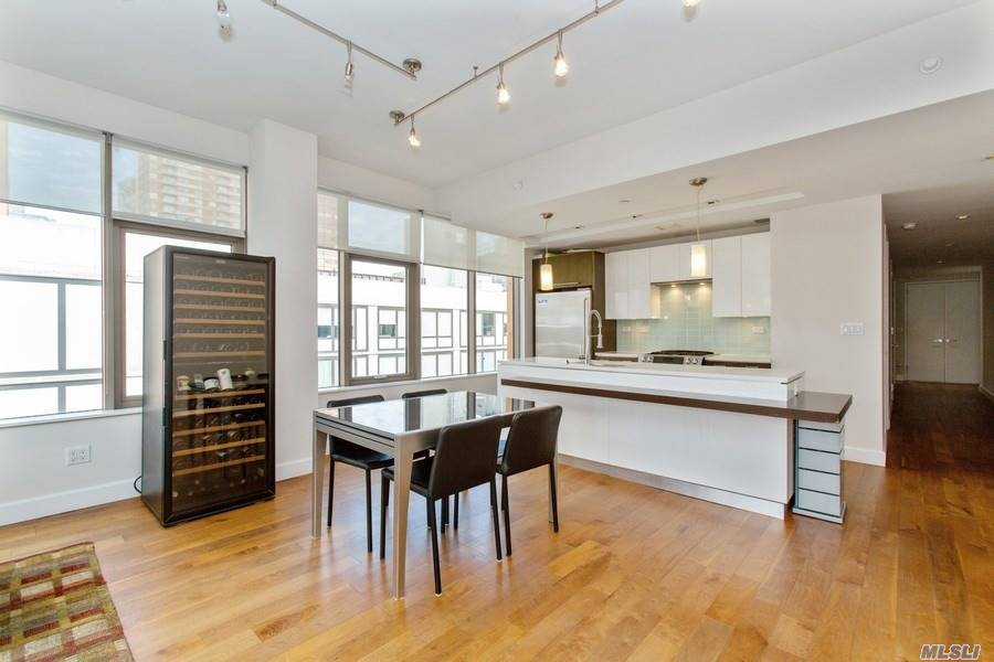 Apartamento à venda em 2-17 51 Avenue, Long Island City, NY ,11101  , EUA