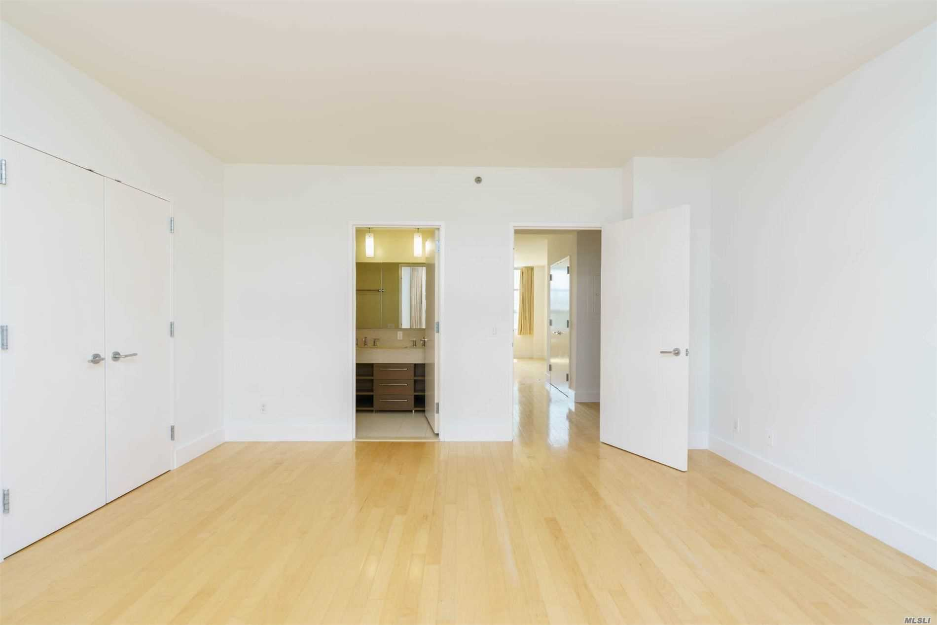 Apartamento à venda em 5-09 48th Avenue, Long Island City, NY ,11106  , EUA